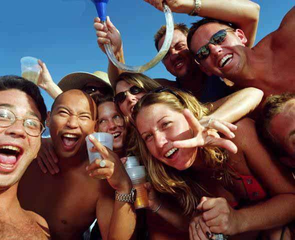 cancun partyers