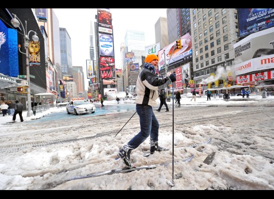 times-square-skiing