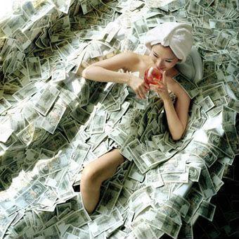 Girl_Money_Pool